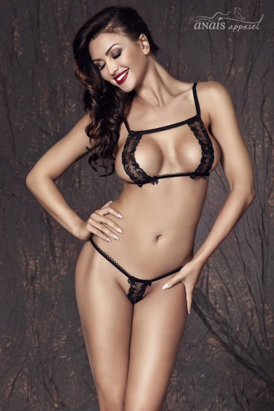 CATE - Two-piece set with elastic strings and lace strips.