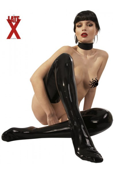 Latez: coprigambe nero in latex.