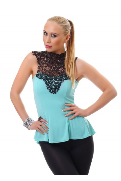Sleeveless blouse with embroidery front. Baby-blue/black