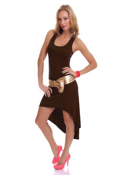 Long dress flared with tail. Dark brown.