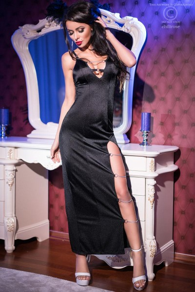 CHILIROSE: long dress with chains.