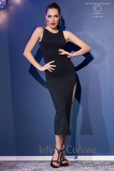 Long dress with slit and back opening + thong. Black